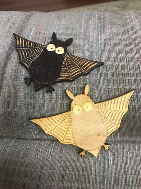 cute decorative wooden bat designs of flying bats